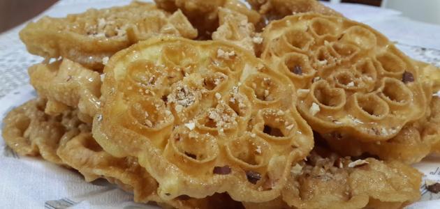صورة طريقة صنع الحلويات التونسية