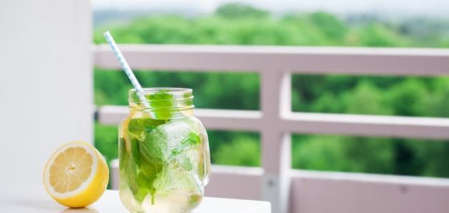 صورة فوائد الماء والليمون صباحاً