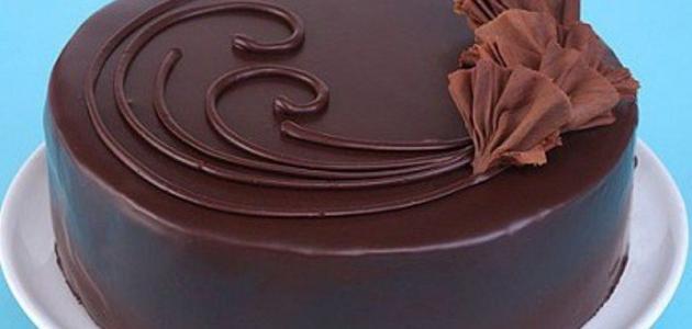 صورة طرق تزيين كيكة الشوكولاتة