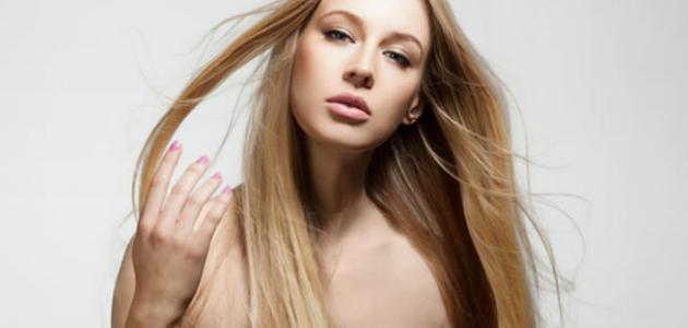 صورة طرق للحصول على لون شعر بلاتيني