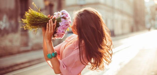 صورة علامات الحب عند النساء في علم النفس