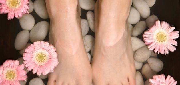 صورة خلطة لتبيض القدمين