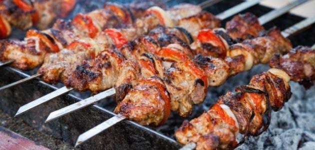 صورة طريقة عمل لحم مشوي على الفحم